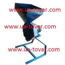 Дробилка универсальная для зерновых культур марки ДКУ-0.6